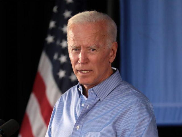 Präsidentschaftskandidat Joe Biden bei einer Wahlkampfveranstaltung in Iowa.