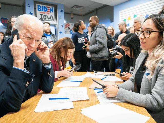 Wählermobilisierung bedeutet bei Joe Biden immer noch hauptsächlich, den Telefonhörer in die Hand zu nehmen.