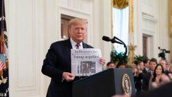Donald Trump nachdem er vom Senat für unschuldig erklärt wurde.